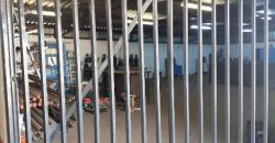 COMMERCIAL SMALL HOLDING – 640m2 WAREHOUSE PLUS HOUSE & 2 FLATLETS